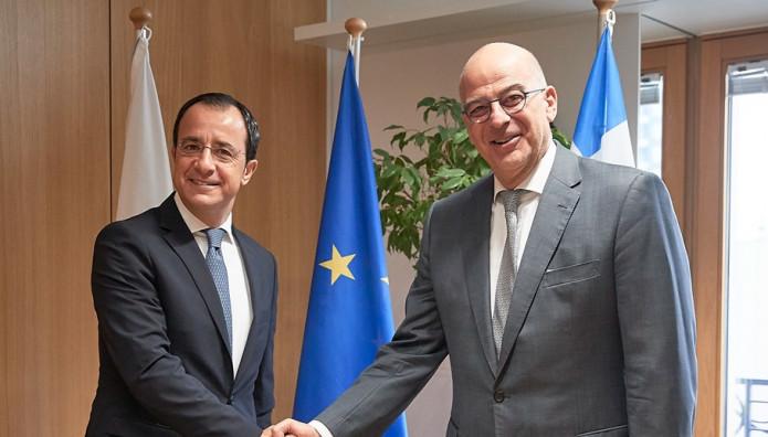 Δένδιας – Χριστοδουλίδης : Μνημόνιο συνεργασίας Ελλάδας και Κύπρου - Μήνυμα σε Τουρκία | tanea.gr