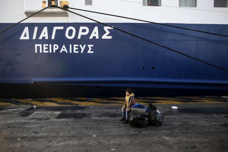 Αντιδράσεις κατοίκων για το προσφυγικό – Κινητοποιήσεις στην Αθήνα από τους νησιώτες | tanea.gr
