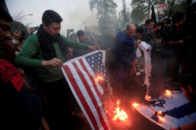 Αναλογική εκδίκηση ζητούν οι ΗΠΑ – Σκληρά αντίποινα ορκίζεται το Ιράν   tanea.gr