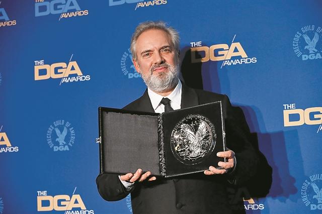 «Βλέπει» Οσκαρ μετά τα βραβεία του Σωματείου Σκηνοθετών ο Σαμ Μέντες | tanea.gr