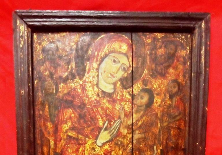 Αρχαιοκάπηλος προσπάθησε να πουλήσει εικόνα της Παναγίας έναντι 100.000 ευρώ   tanea.gr