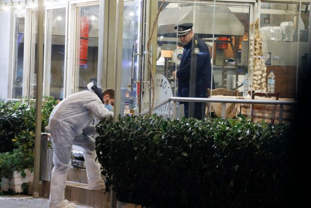 Μαφιόζικη εκτέλεση στη Βάρη: Τους σκότωσαν μπροστά στα παιδιά τους | tanea.gr