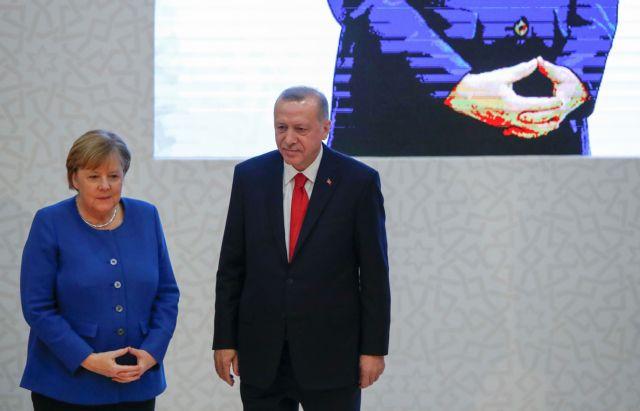 Ερντογάν σε Μέρκελ: «Λιβυκό χάος» στη Μεσόγειο αν δεν ληφθούν ...