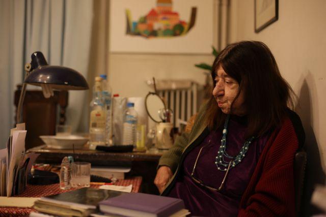 Πέθανε η σπουδαία ποιήτρια Κατερίνα Αγγελάκη-Ρουκ | tanea.gr