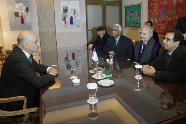 Διπλωματική αντεπίθεση της Ελλάδας - Κρίσιμες συναντήσεις με τον στρατάρχη Χαφτάρ για τη Λιβύη | tanea.gr