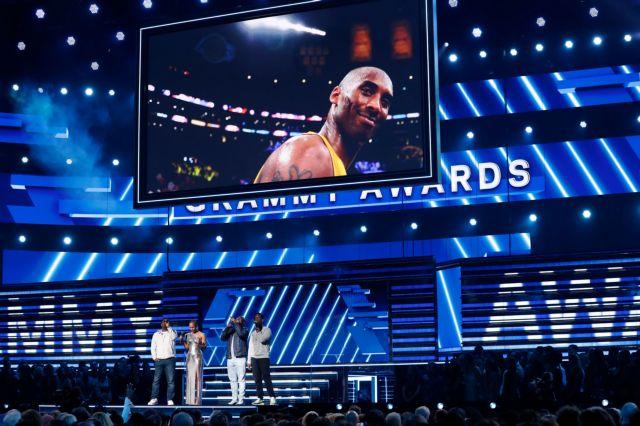 Grammy 2020 : Η Alicia Keys τραγούδησε για τον Κόμπι Μπράιαντ   tanea.gr