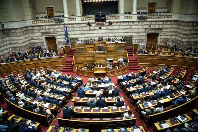 Σε εξέλιξη η συζήτηση στην Ολομέλεια της Βουλής για την αμυντική συμφωνία με ΗΠΑ   tanea.gr