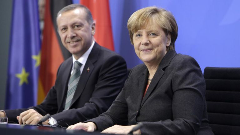 Η Μέρκελ στην Τουρκία με «βαριά» ατζέντα | tanea.gr