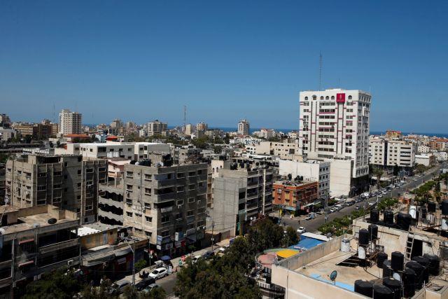 Αεροπορικό πλήγμα στη Λωρίδα της Γάζας | tanea.gr