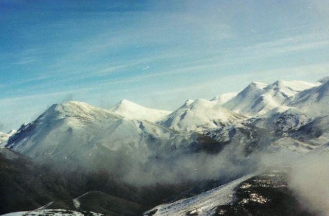 Κρήτη: Εντοπίστηκαν οι έξι εκδρομείς που χάθηκαν σε χιονισμένο φαράγγι   tanea.gr