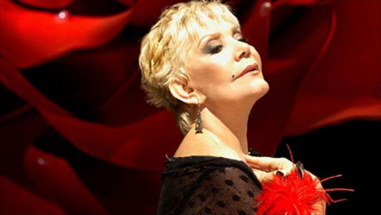 Μαρινέλλα - Ο Μύθος : Μία μοναδική παράσταση | tanea.gr