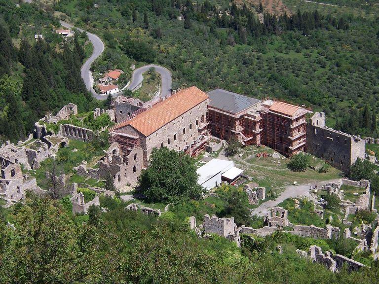 Μυστράς: Η βυζαντινή καστροπολιτεία από ψηλά | tanea.gr