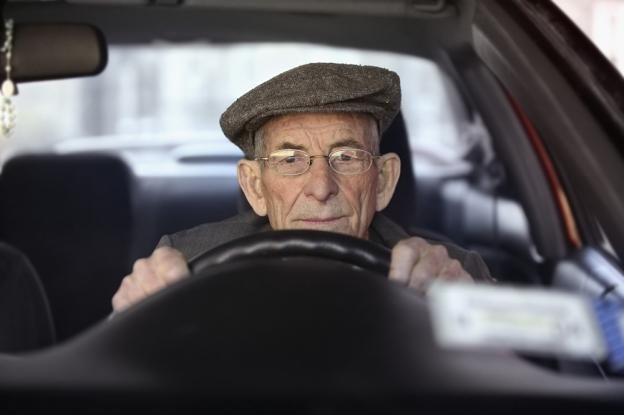 Πόσο επηρεάζει την οδήγηση η μειωμένη όραση και πόσο αυξάνεται ο κίνδυνος εμπλοκής σε τροχαίο   tanea.gr