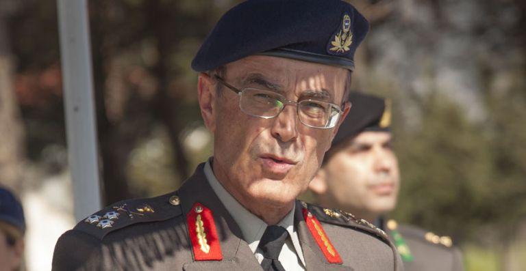 Με «καρφιά αποχώρησε ο πρώην αρχηγός ΓΕΣ | tanea.gr