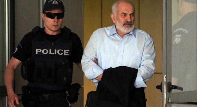 Εξοπλιστικά: Αποφυλακίστηκε ύστερα από επτά χρόνια ο Γιάννης Σμπώκος   tanea.gr