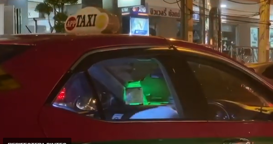 Ταξιτζής βρέθηκε σε μποτιλιάρισμα και το έριξε.... στους κοιλιακούς | tanea.gr