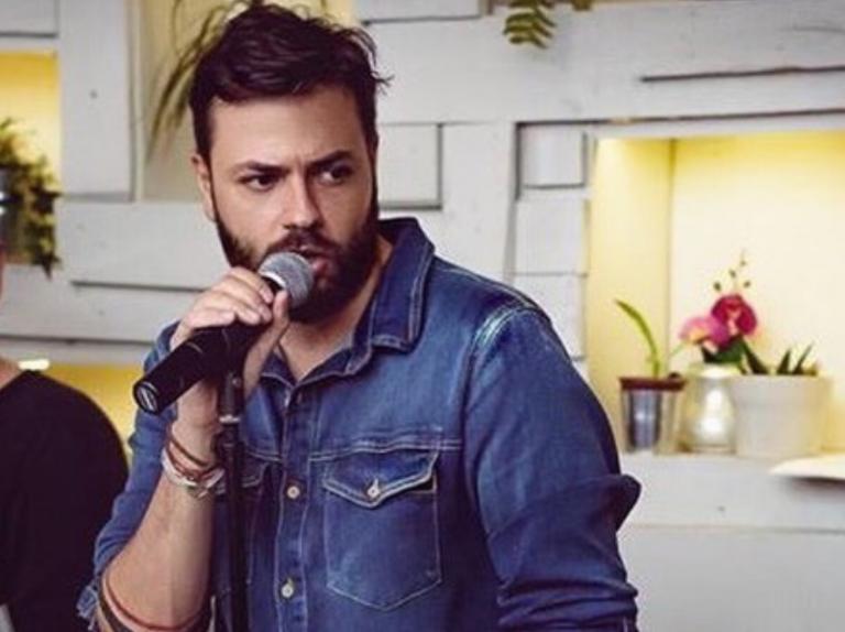 Πέτρος Πυλαρινός : Στο χειρουργείο ο τραγουδιστής των Alcatrash   tanea.gr