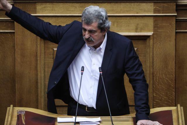 Πολάκης: Επαθε σοκ απ' όσα είδε στη Μόρια – Συνήλθε όμως το βράδυ με ζεϊμπέκικο | tanea.gr