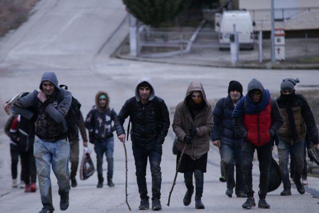 Χιλιάδες μετανάστες πλησιάζουν στα ελληνοτουρκικά σύνορα - Κόκκινος συναγερμός στις ελληνικές αρχές | tanea.gr