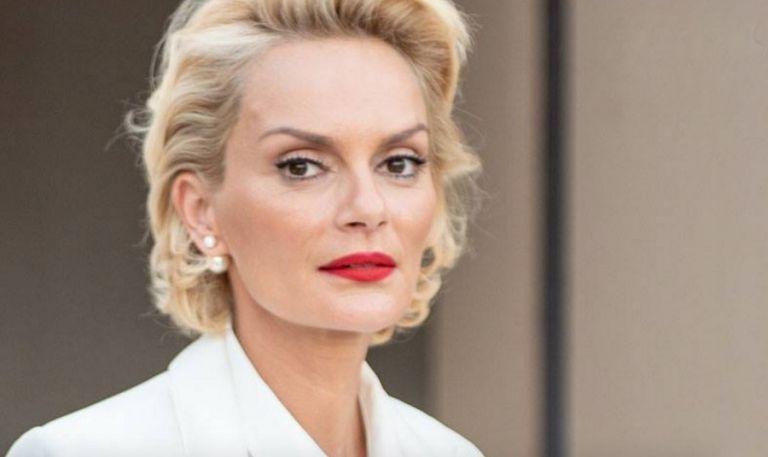 Έλενα Χριστοπούλου: Οι σκέψεις για δεύτερο γάμο και η αποστομωτική δήλωση του συντρόφου της   tanea.gr