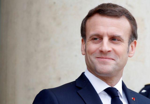 Γαλλία: Ροζ βίντεο «έκαψε» τον εκλεκτό του Μακρόν για τη δημαρχία στο Παρίσι | tanea.gr