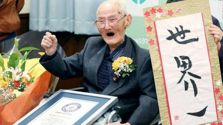 Πέθανε ο γηραιότερος άνδρας στον κόσμο   tanea.gr