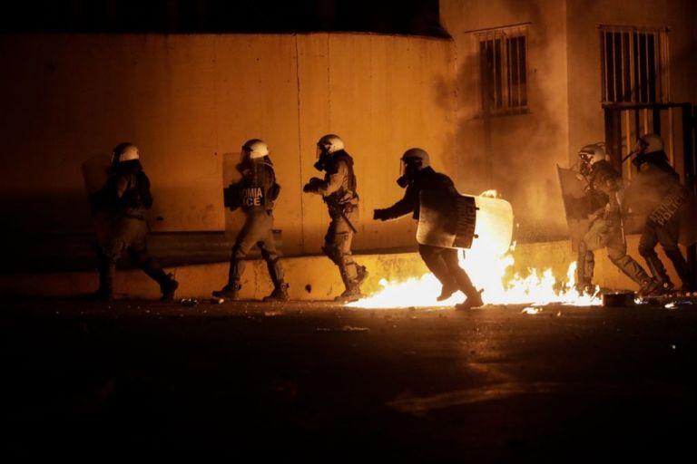 ΕΛ.ΑΣ. για αστυνομική αυθαιρεσία σε Λέσβο – Χίο: Οι όποιες ευθύνες θα καταλογισθούν   tanea.gr