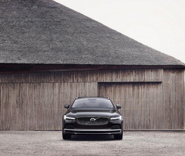 Volvo Cars: Τα S90 καιV90 φοράνε ήπιους υβριδικούς κινητήρες | tanea.gr