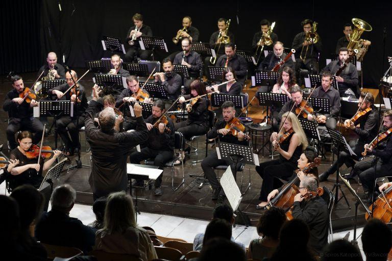 «Μεταχορδές» στο Μουσείο Μπενάκη από την Φιλαρμόνια Ορχήστρα Αθηνών | tanea.gr