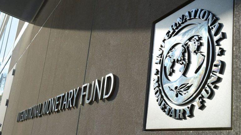 Στο χείλος του γκρεμού ξανά η Αργεντινή : «Μη βιώσιμο το χρέος της» λέει το ΔΝΤ   tanea.gr