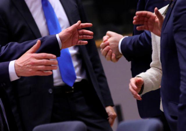Μπρα ντε φερ στη Σύνοδο Κορυφής για το 1 τρισ. ευρώ : Οι «σφιχτοχέρες» και τα στρατόπεδα | tanea.gr