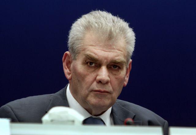 Παπαγγελόπουλος : «Διεφθαρμένοι και διαπλεκόμενοι σε βρώμικο πόλεμο εναντίον μου» | tanea.gr