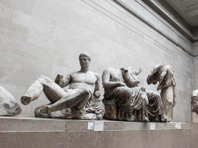 Guardian για γλυπτά του Παρθενώνα: Η κυβέρνηση Τζόνσον θα πρέπει να κατανοήσει την Ελλάδα | tanea.gr