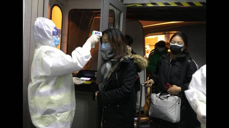Κορωνοϊός : Υπαρκτός ο κίνδυνος πανδημίας – Άρση δασμών σε προϊόντα που παρουσιάζουν έλλειψη | tanea.gr