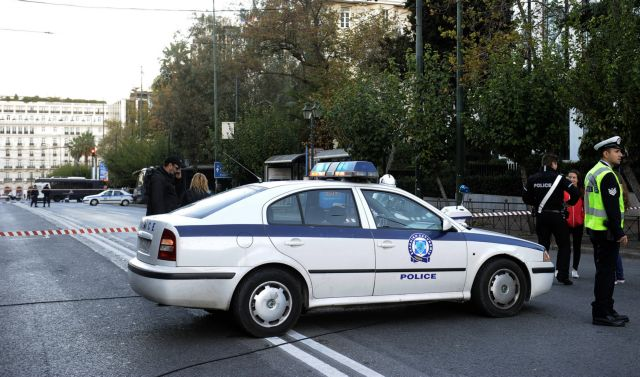 Γλυφάδα: Ελεύθερος ο οδηγός της «φονικής» Corvette που παράτησε τον 25χρονο στην άσφαλτο | tanea.gr