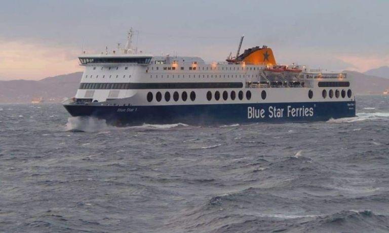 Πλοίο δεν μπορεί να δέσει στο λιμάνι της Ρόδου εξαιτίας των ανέμων | tanea.gr