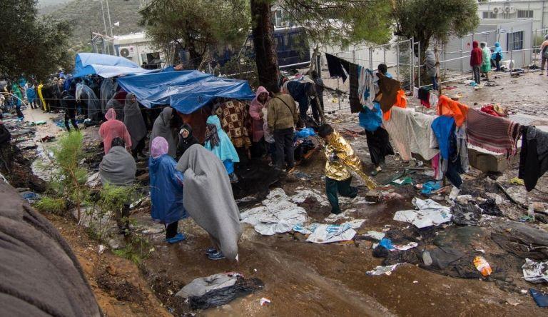 Επείγουσα προειδοποίηση ΟΗΕ : «Εκκενώστε άμεσα τη Μόρια, υπάρχει κίνδυνος πανδημίας» | tanea.gr