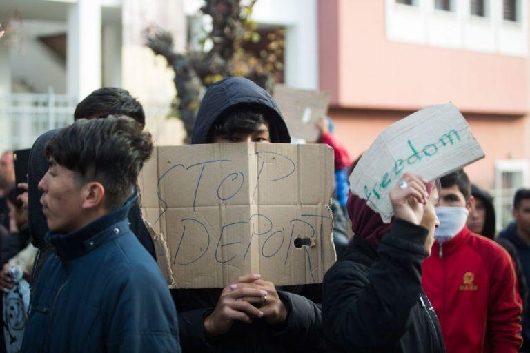 Το προφίλ των προσφύγων: Έξι στους δέκα έχουν μεταπτυχιακό ή διδακτορικό   tanea.gr