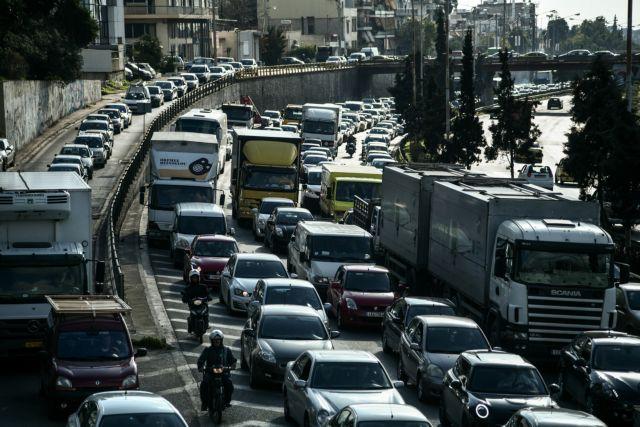 Κίνηση: Μποτιλιάρισμα στον Κηφισό λόγω τροχαίου | tanea.gr