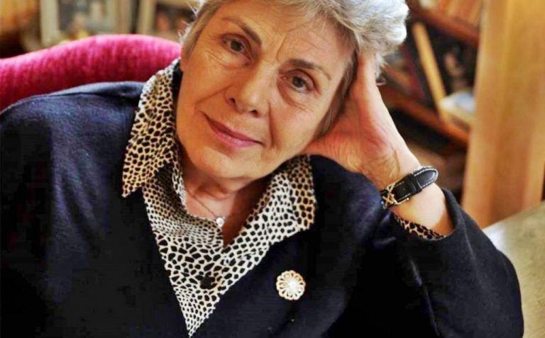 Κική Δημουλά: Η υπουργός Πολιτισμού την είχε προτείνει για το Νόμπελ Λογοτεχνίας | tanea.gr