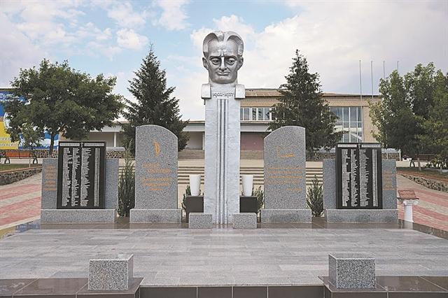 Η «άγνωστη» σφαγή των Ελλήνων στην Ουκρανία | tanea.gr