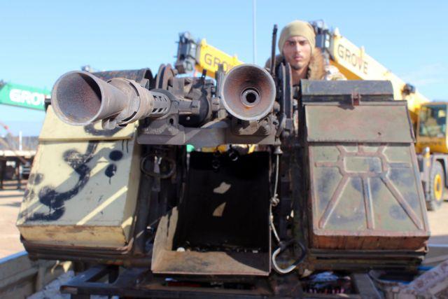 Παζάρι των αντιμαχόμενων πλευρών εν μέσω αιματοχυσίας στη Λιβύη | tanea.gr
