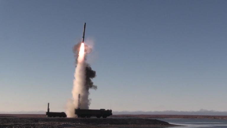 Η Μόσχα ολοκλήρωσε τις δοκιμές νέας εξελιγμένης τορπίλης και κατευθυνόμενης βόμβας | tanea.gr