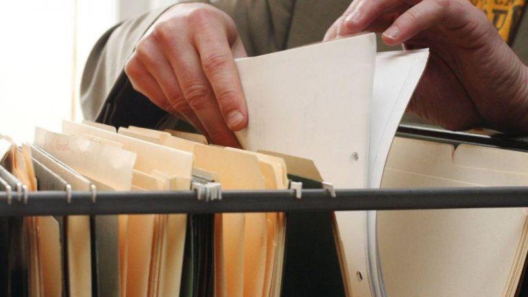 Στο Ελεγκτικό Συνέδριο η απόφαση για την επιστροφή αποδοχών λόγω πλαστού πτυχίου | tanea.gr