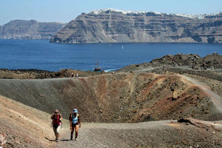 Τι θα γίνει σε περίπτωση που ξυπνήσει το ηφαίστειο της Σαντορίνης | tanea.gr
