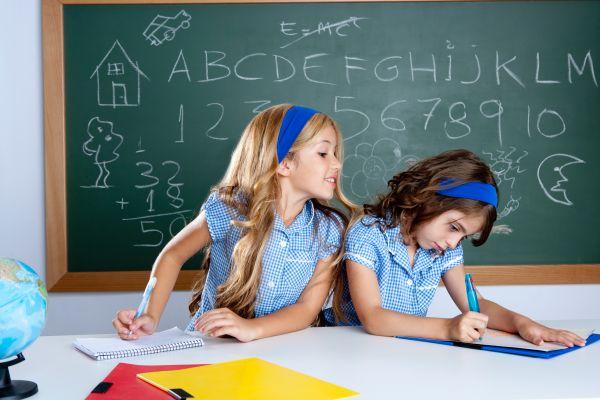 Γιατί τα παιδιά αντιγράφουν; | tanea.gr