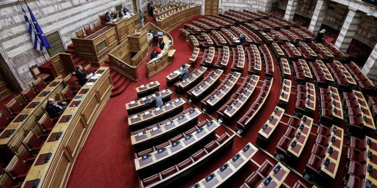 Υπερψηφίστηκε η τροπολογία για τις ΜΚΟ και η επιχορήγηση δήμων με δομές φιλοξενίας   tanea.gr