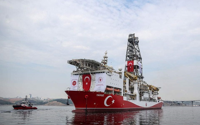 Κυρώσεις σε δύο Τούρκους για τις παράνομες γεωτρήσεις στην κυπριακή ΑΟΖ | tanea.gr