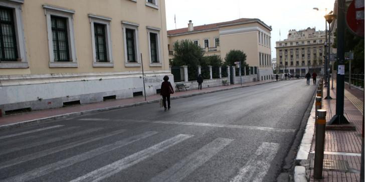 Κοροναϊός : Προς επέκταση του μέτρου απαγόρευσης της κυκλοφορίας   tanea.gr