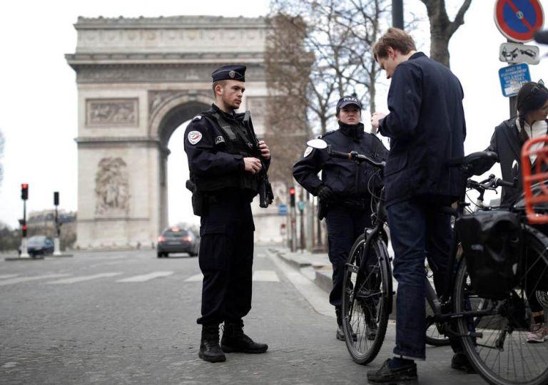 Κοροναϊός – Γαλλία : Άλλοι δύο γιατροί έχασαν τη ζωή τους από επιπλοκές της νόσου | tanea.gr